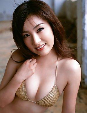 Busty Asian Pics