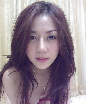 Busty Taiwan Girls Pics