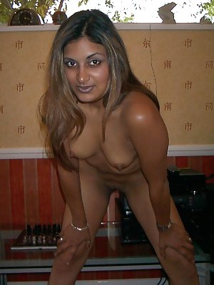 Busty Indian Girls Pics